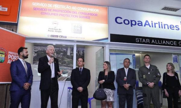 33c15a2909c Aeroporto Salgado Filho ganha loja do Procon Porto Alegre - Jornal ...